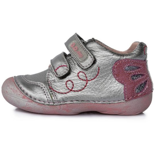 Lepkés ezüst cipő