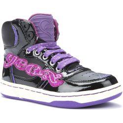 Feliratos fekete cipő