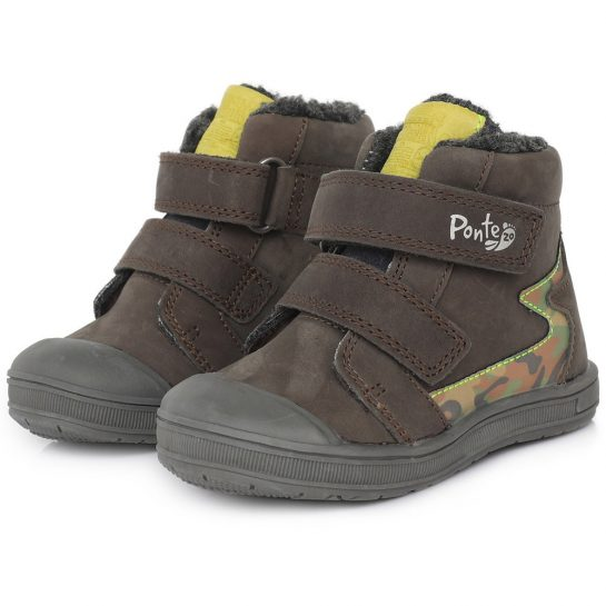 Supinált terepmintás bélelt cipő