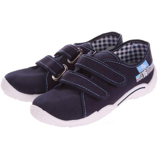 16-os kék cipő