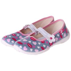 Szíves-csókos cipő